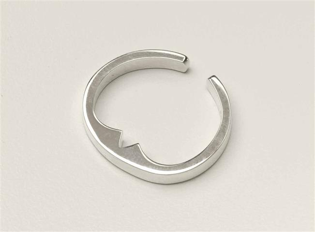anti-snoring-sterling-silver-acupressure-ring