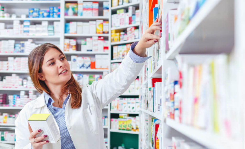 lady-in-pharmacy
