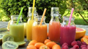 smoothies-and-fruit
