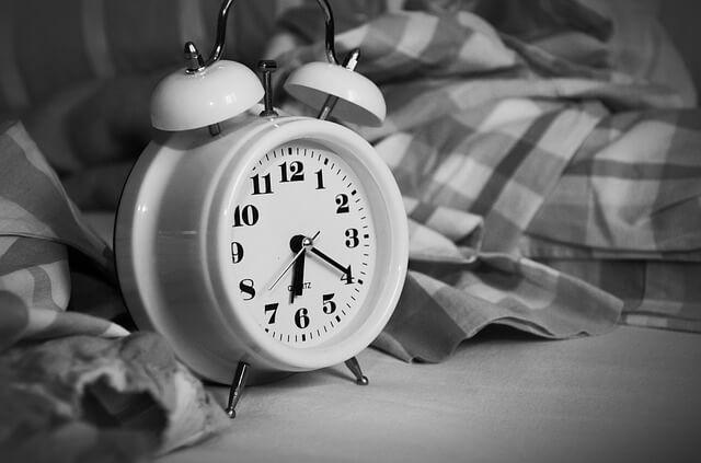 alarm-clock-by-bed